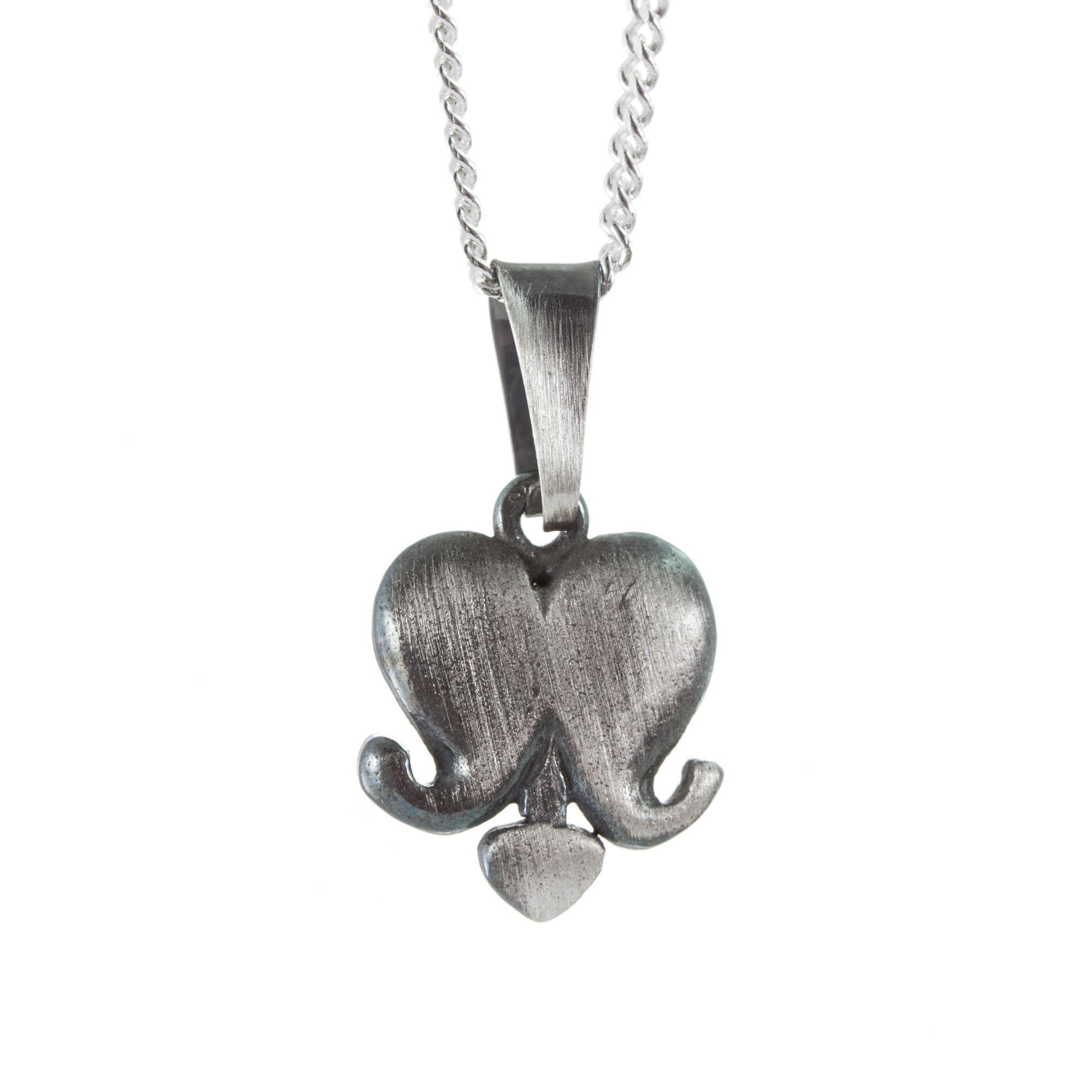 Brustet hjärta halsband (vanlig ked)
