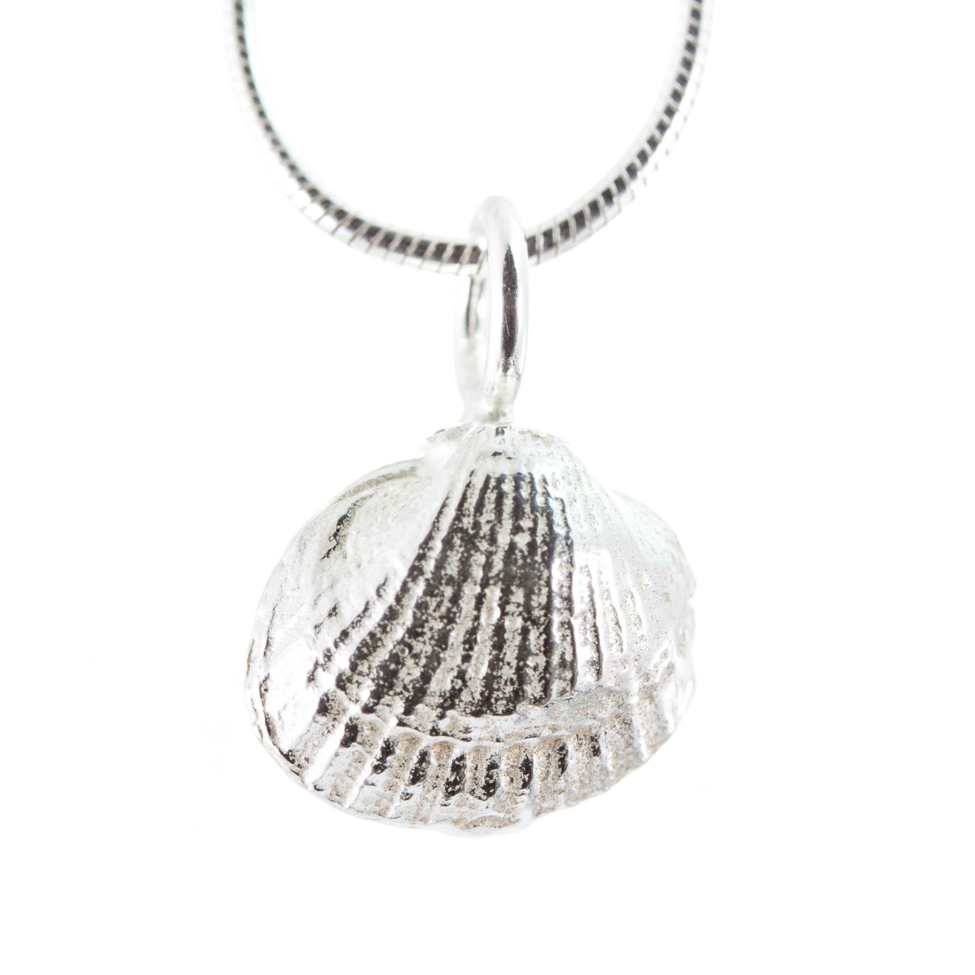Hjärtmussla halsband ljus (ormked)