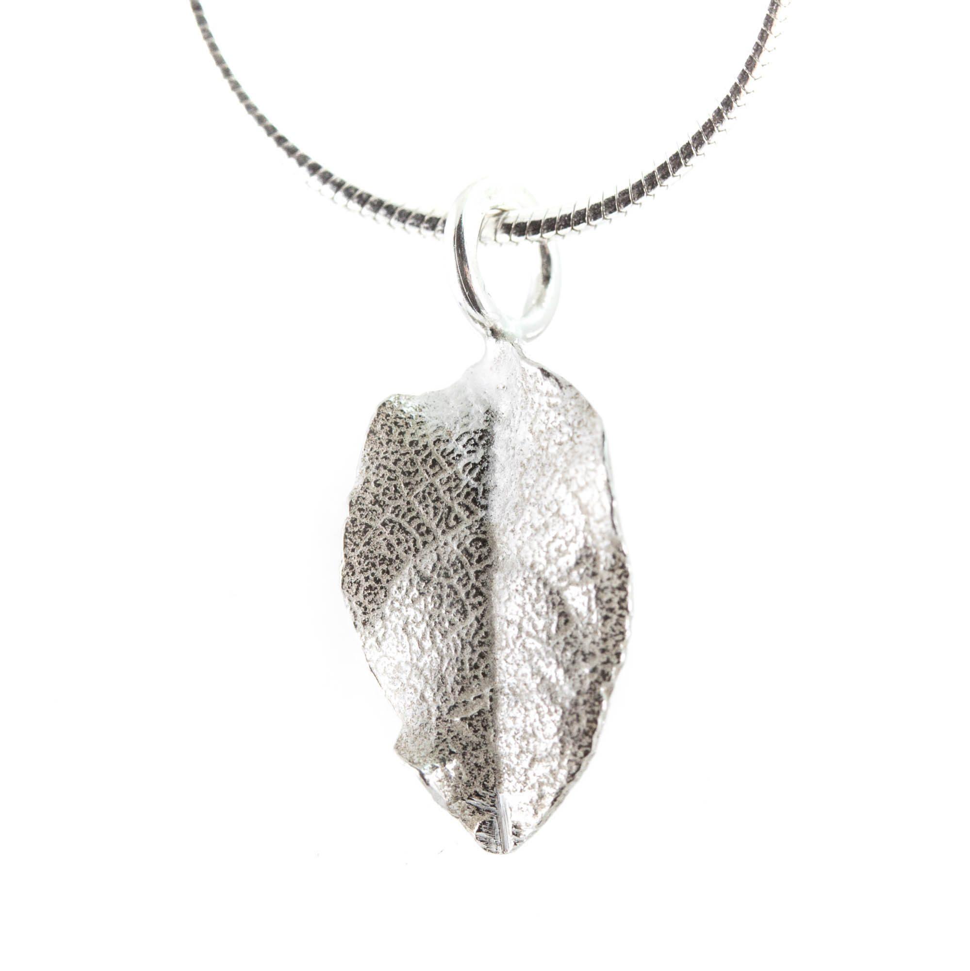Blåbär halsband blad (ormked)